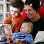 Die schulische Leistung von Kindern war besser, wenn die Mutter nicht erwerbstätig war, zeigt Studie aus Norwegen